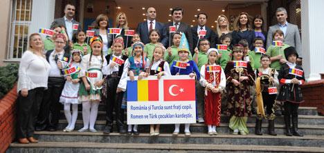Zühtüpaşa İlkokulu'na Romanya Kardeşliği