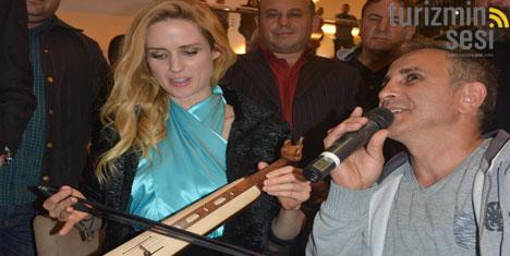 Wilma Elles, Forum Trabzon'da Kemençe Çaldı