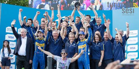 Sébastien Buemi pilotlar şampiyonu oldu
