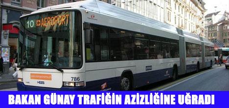 LİDERLER YOLDA KALDI