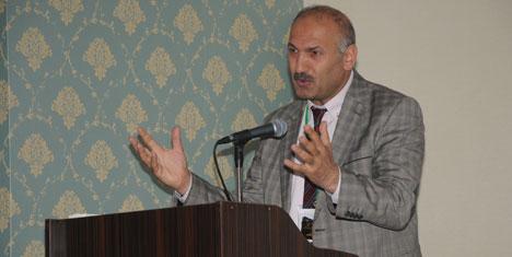 Altınoluk Sağlık Zirvesinin konuğu Dr.Kemal Aydın oldu