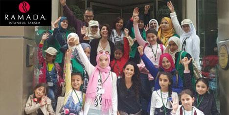 Suriyeli çocuklara İstanbul'da moral gezisi