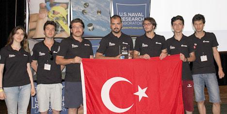 İTÜ APİS Ar-Ge Uydu Takımına Dünya Birinciliği