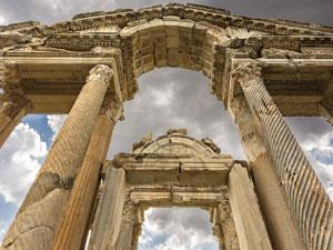Setur'un Ege turuyla birçok tarihi kenti adım adım keşfetme olanağı sunuyor