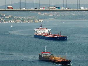 İstanbul Boğazından geçen gemiler ile ilgili rakamları açıklandı