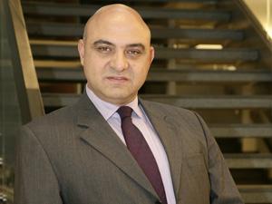 Sektörün sevilen ve deneyimli ismi Erhan Çakay, Eresin Topkapı Hotel'in Genel Müdürü oldu