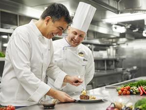 Chef Şef Freixa yenilikçi ve modern çalışmalarını, Nisan 2018'den itibaren MSC Cruises filosu için yapacak
