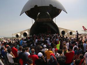 Eurasia Airshow, havacılık tutkunlarını Antalya Uluslararası Havalimanı'nda bir araya getirdi