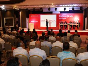 TÜROFED Başkanı Osman Ayık, Turizm cari açığın %40'ımı kapatma potansiyeline sahiptir