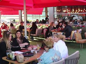 İstanbul'un Tatil Yörelerini Aratmayan Cazibe Merkezi: Ataköy Marina