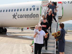 Corendon Airlines'ın ilk uçağı Alanya-Gazipaşa Havalimanı'na iniş yaptı