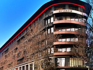 """St. Regis İstanbul, """"Lüks Segment"""" kategorisindeki oteller arasından """"Yılın Oteli"""" seçildi"""