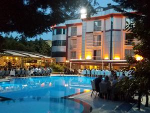 Beymarmara Suite Hotel, iftar programıyla dostlarını ağırları
