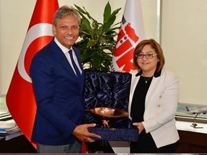 Gaziantep Büyükşehir Belediye Başkanı Fatma Şahin'den TÜRSAB'a Ziyaret