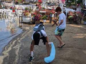 """""""Su Altı Kaşifleri"""" projesinin çocukları, deniz temizliği konusunda farkındalık yarattı"""