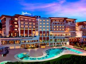 Radisson Blu Hotel, Tuzla ve Park Inn by Radisson, mükemmel seçenekler sunuyor