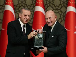 """Kültür ve Turizm Bakanlığı özel ödülü """"Ara Güler Arşiv ve Araştırma Merkezi ile Ara Güler Müzesi""""nin oldu"""