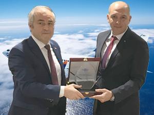 SunExpress, Avrupa'ya uçan Türk şirketleri arasında emniyet kriterlerine göre en emniyetli hava yolu seçildi