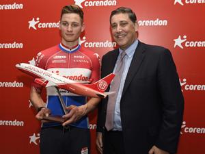Dünyaca Ünlü Bisikletçi Mathieu Van Der Poel Corendon Airlines Sponsorluğunda Antalya'da!