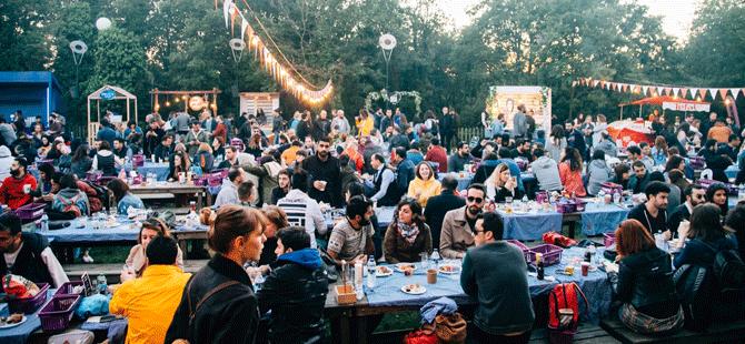 Türkiye'nin ilk ve tek gece pikniği Urban Picnic, İstanbullulara yemek ve müzik dolu iki gün yaşatacak