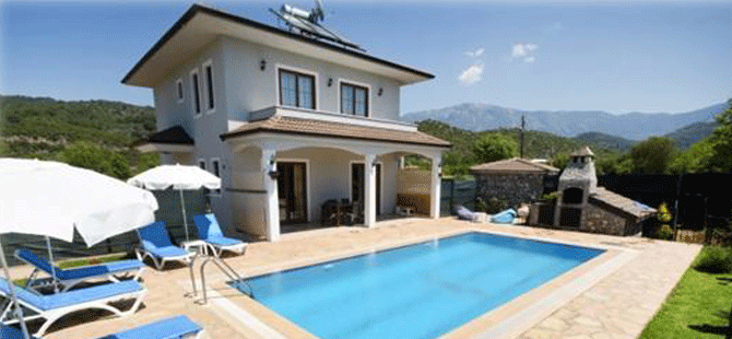 Yabancı Turist Türkiye'ye gelmeden internetten Villa kiralamaya başladı