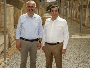 Agora kazı alanı, Konak'taki en önemli tarihi zenginliklerinin başında geliyor