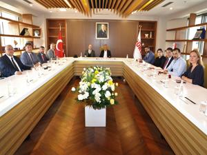 Seyahat acentalarının ve rehberlerin sorunlarının çözümü için TÜRSAB ve TUREB Başkanları bir araya geldi