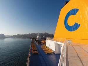 Costa Cruises'un 337 metre uzunluğundaki, 2612 kabinli yeni gemisi 'Smeralda' Kasım ayında denize indirilecek