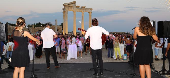 18. Side Dünya Müzikleri Kültür ve Sanat Festivali Başlıyor