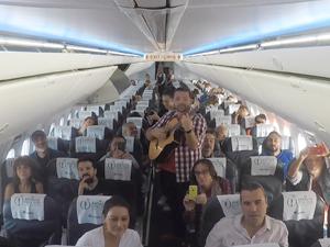 Corendon Airlines, bu yıl 56'ıncısı gerçekleştirilen Antalya Altın Portakal Film Festivali için özel bir uçuş gerçekleştirdi