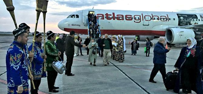 AtlasGlaobal Havayollarından kiralanan uçak ile ilk Turistik Charter uçuşu Buhara'ya gerçekleştirdi