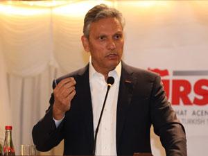 TÜRSAB Yönetim Kurulu Başkanı Firuz Bağlıkaya İstanbul Fatih'te Seyahat Acentalarıyla Buluştu