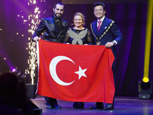 Türk gençleri 112 ülkenin katıldığı konferanstan ödülle döndü!