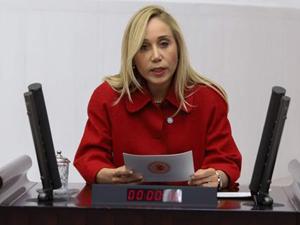 Antalya Milletvekili Dr. Tuba Vural Çokal, Yerel Yönetimlerin Turistten Alması Gereken Vergiyi İktidar Otelden Kendisi Alıyor