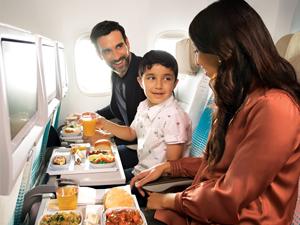 Emirates, APEX 2020 Ödülleri'nde, En İyi Wi-Fi ve En İyi Yiyecek & İçecek ödüllerini kazandı