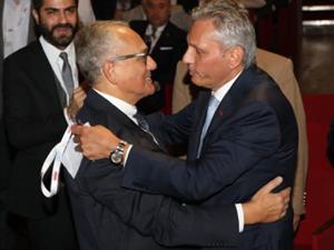 1993-1999 tarihleri arasında TÜRSAB Başkanlığı yapan Memnun Talha Çamaş, TÜRSAB'ın Onursal Başkanı Oldu