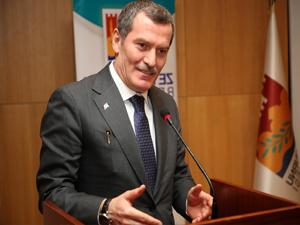 Zeytinburnu Belediyesi, İRO işbirliği ile 99 turist rehberinin katıldığı özel eğitim programını tamamlandı
