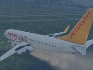 Pegasus Hava Yolları'nın pistten çıkan uçağı için basın toplantısı yapıldı