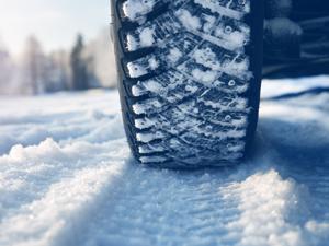Kış Lastiği takmayan sürücülerde  lastik değiştirme telaşı başladı