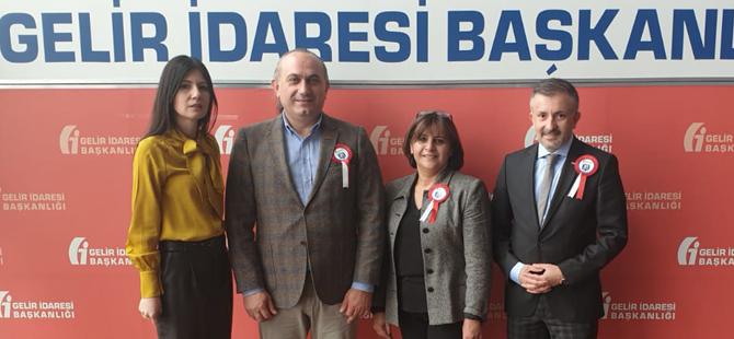 TÜRSAB Heyeti, Maliye Bakanlığı'na bağlı Gelir İdaresi Başkanlığı yetkilileriyle bir araya geldi
