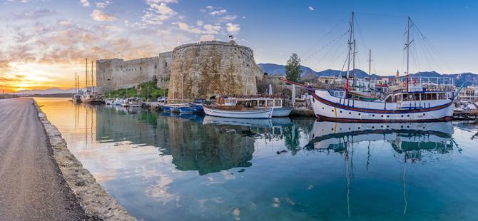 Gerek tarihi, gerekse de doğal güzellikleri ile tatilinizin vazgeçilmez uğrak noktası Kıbrıs olsun