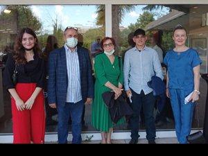 Özgürlük Tuvalde Sergisi'ne 581 sanatçı katıldı