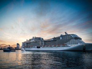 Barselona Limanı uluslararası yolculuklar için yeniden açıldı