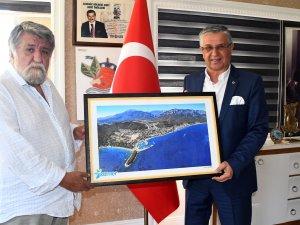 Bulgaristan Eski Kültür Bakanı Raşidof Kemer Belediyesinde