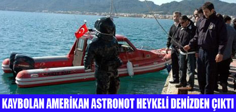 AMERİKALI ASTRANOT HEYKELİ BULUNDU