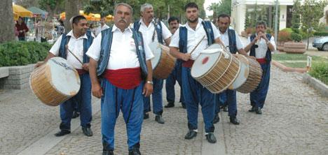 Kırşehır İç Anadolu Davul Zurna Havaları ( 6 CD )  9071