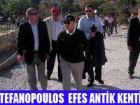 ESKİ YUNAN CUMHURBAŞKANI EFES'İ GEZDİ