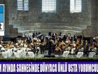 İŞ SANAT'TAN SEZONA GÖRKEMLİ MERHABA