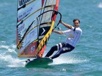 Windsurf Ligi'nde Enes Yılmazer birinci oldu