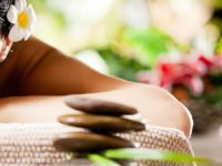 """""""Thai ve Bali"""" masajıyla tazeliğin cazibesini yaşatıyor"""